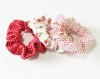 Red scrunchies, Red polkadot scrunchies, Floral red scrunchies, Retro hair accessories, Handmade cotton scrunchie, Set of 3 scrunchies