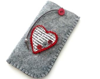 Gray felt case, Eyeglasses grey case, Reading glasses pouch, Red heart eyeglasses case, Felt eyeglasses case Handmade case Mother's day gift