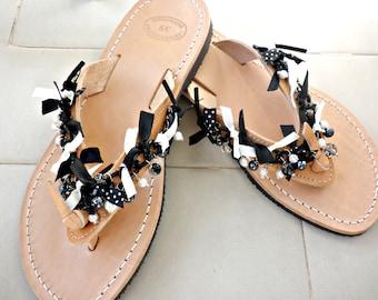 Δερμάτινα σανδάλια με διακόσμηση σε άσπρο και μαύρο / Greek leather sandals with Black and white decoration