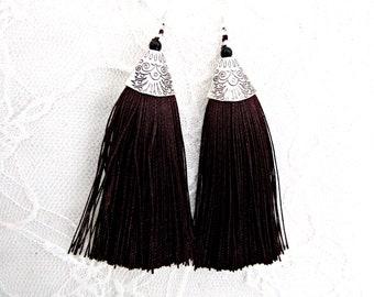 Σκουλαρίκια καφέ φούντες  /  Black Brown tassel earrings