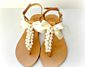 Wedding leather pearl sandals- Greek sandals with ivory pearls and satin bow -Bridal party shoes- Ivory women flats- Bridesmaid sandals
