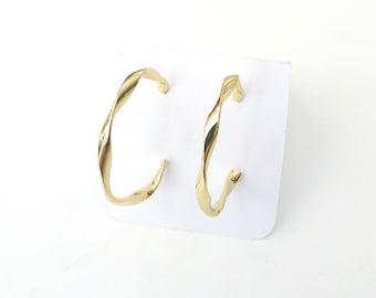 Gold twist hoop earrings, Σκουλαρίκια στριφτοί κρίκοι