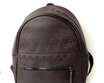 Σακίδιο καφέ  / Βrown backpack