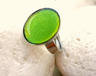 Green resin ring - Adjustable ring - Green cocktail ring- Spring ring- Green lime ring- Minimalist ring- Green adjustable ring- Gift for her