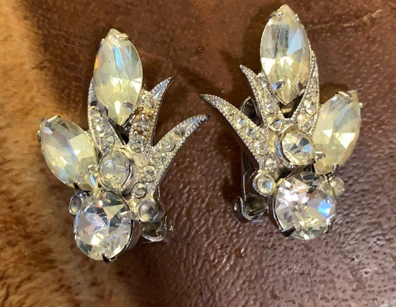 Vintage Eisenberg Ice Clip On Earrings