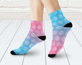 0b335349444 Mismatched socks in blue and pink
