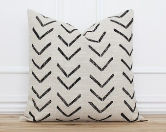 Mud Cloth Pillow Cover •  Black and Tan Cushion Cover • Decorative Throw Pillow • Farmhouse Pillows • 20x20 18x18 16x26 Pillow Covers   Jade