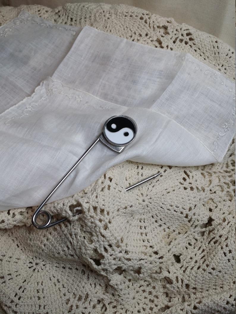 Pin Decoration Large Finding 5 inch safety pin Safety pin Balance Ying Yang Gift Silver