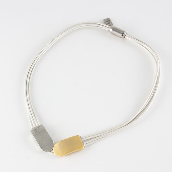 Minimalist bracelet in PVC and freshwater pearls Handmade in Canada Effie