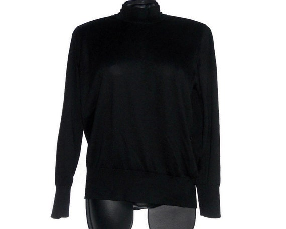 Women's Black wool knit turtleneck sweater S size