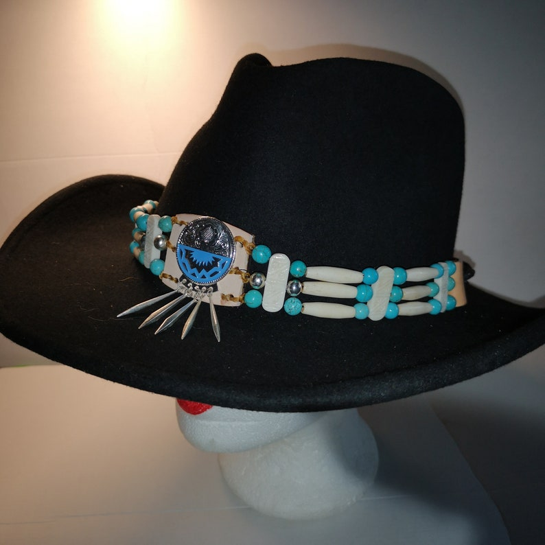 Hatband in American Indian style