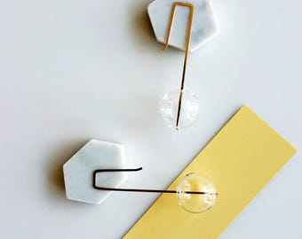 LARGE BUBBLES EARRINGS | hand blown glass, long earrings, beads earrings, glass earrings, clear, gold earrings, minimalist, modern jewelry |