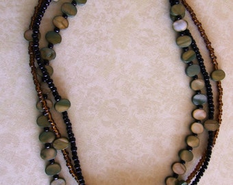 MOP triple strand necklace. 0288NK