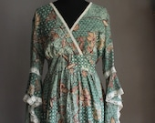 70s Angel Wing Floral Stevie Nicks Maxi Dress Hippie Boho Summer of Love Extra Long Sleeves Gypsy Green Flowers Lace Festival