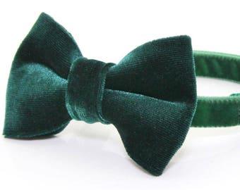 "Green Velvet Bow Tie Cat Collar Set - ""Emerald Green"" - Velvet Holiday Cat Collar + Green Velvet Bow Tie (Removable) / Cat, Kitten,Small Dog"