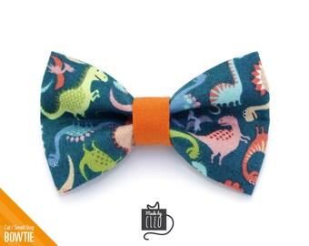 b7563a8db777 Cat Bow Tie -