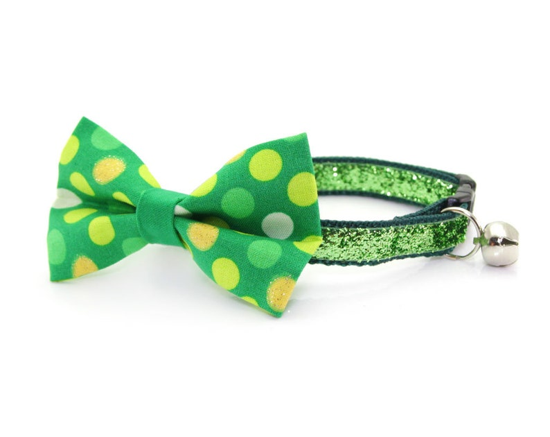 St Kitten Small Dog Bow Irish Polka Dot Bow Tie for Cat Collar  Cat Patrick/'s Day Cat Bow Tie Blarney Stone Removable