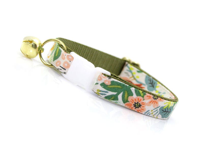 Floral Cat Collar Breakaway  Jungle Ivory  Rifle image 0