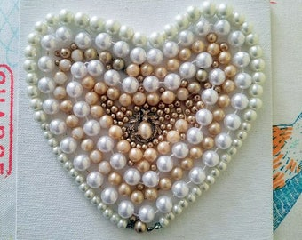 Vintage Pearl Heart Canvas