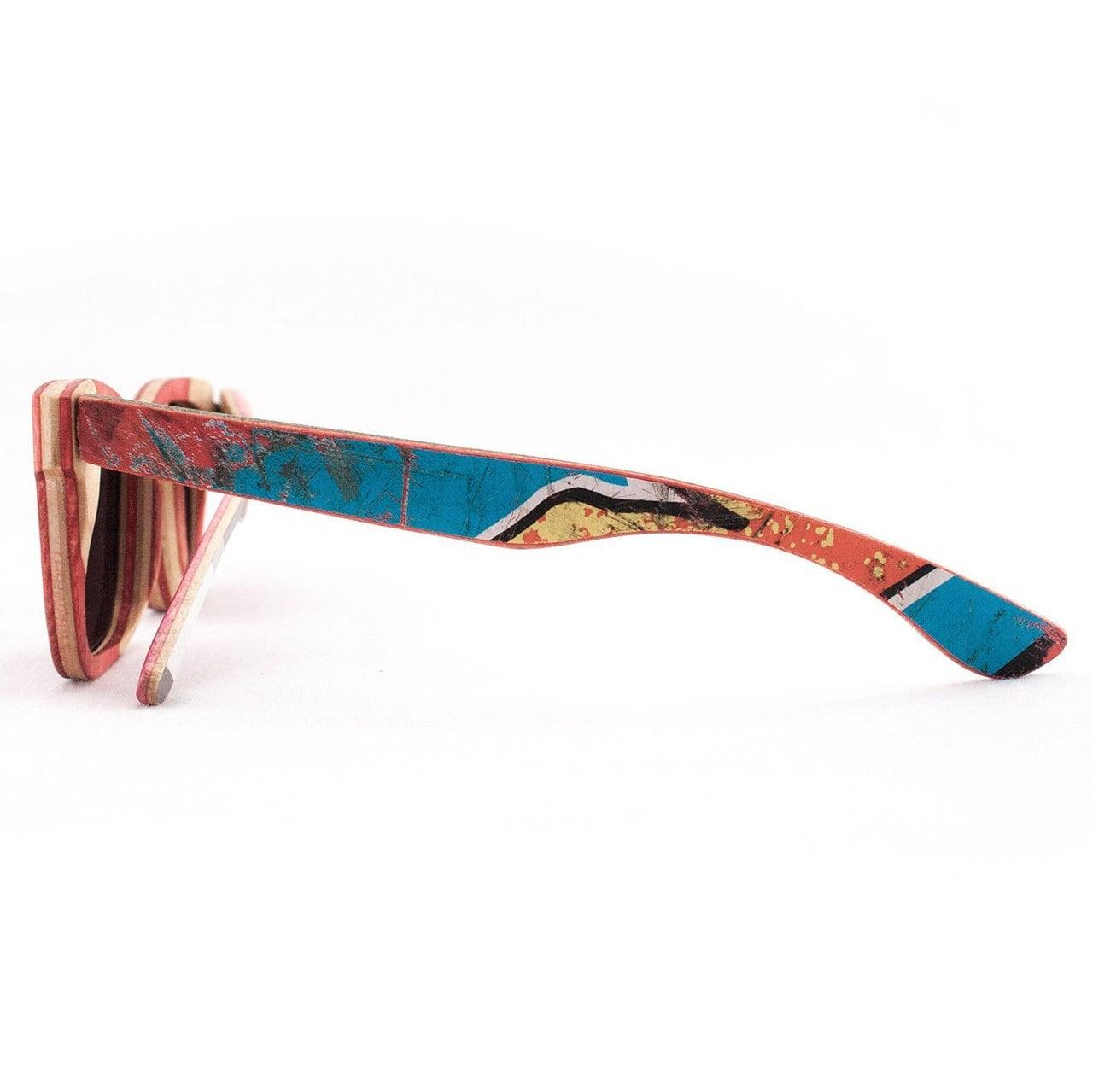 Gafas de sol de madeincanada de madera recicladas
