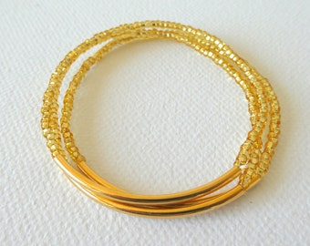 Set of 3 Gold bracelet, seed bead bracelet,sparkly bracelet, stretchy bracelet,seed bead bracelet,minimalist,beaded bracelet,bridesmaid gift