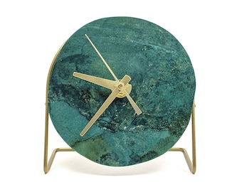 Green Quartz Desk Clock