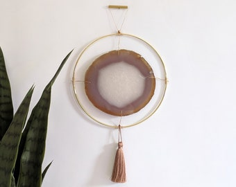 "LeeAnn Design | 7.5"" Natural Agate Wall Hanging"