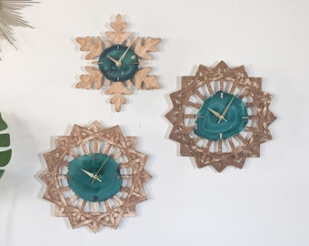 Green Agate Holiday Wood Wall Clock | Choose Your Design