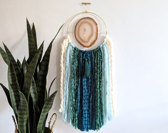 "7"" Natural Agate + Teal Fringe Wall Hanging 