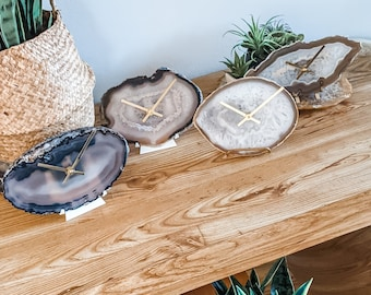 LARGE AGATE CLOCK,Natural Agate Desk/Wall Clock,Boho Decor,Rock Enthusiast,Geologist Gift,Fireplace Mantel Clock,Top Workspace Find/Gift