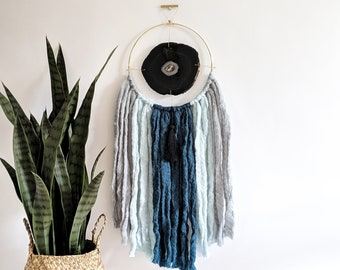 "Rosa Design | 7"" Black Agate + Fringe Wall Hanging"