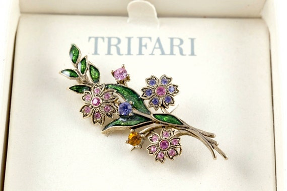 Trifari Floral Motif Brooch With Colored Stones Ci