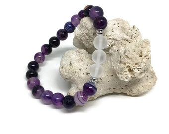Natural Agate and Matte Clear Quartz Bracelet, Mala Bracelet, Beaded Bracelet, Gemstone Bracelet, Gemstone jewelry, Purple Bracelet