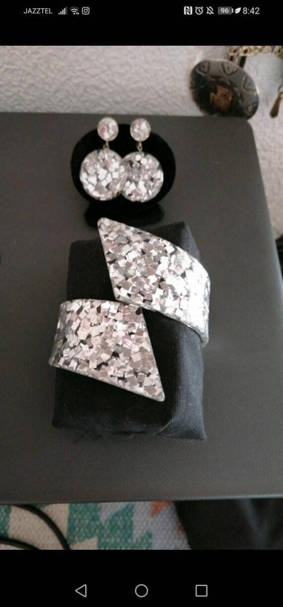 50s Lucite confetti clamper set