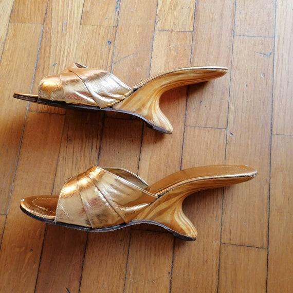 1950s boomerang gold lame shoes - image 2