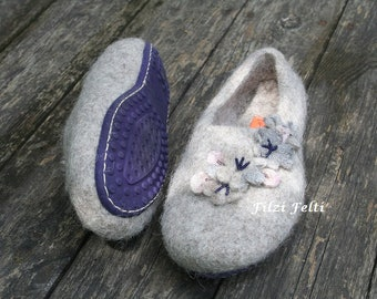 312e827579f6 Women s slippers in Beige with natural soft sole in Purple