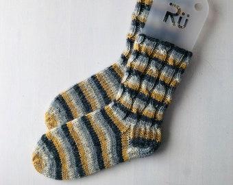 42/43 size winter boot socks for men