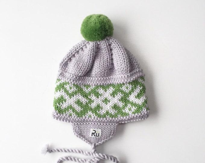 0-6 mēneši (40-44cm) - Gaiši pelēka / zaļa merīnvilnas cepure jaundzimušajam - Gatava sūtīšanai