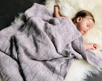 95x95 cm - Mīksta un silta smilšu pelēkas merīnvilnas sega mazulim - Gatava sūtīšanai