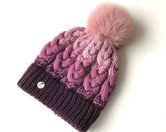 M izmērs - Lillīga cepure ar dubultu malu un kažokādas bumbuli - Gatava sūtīšanai
