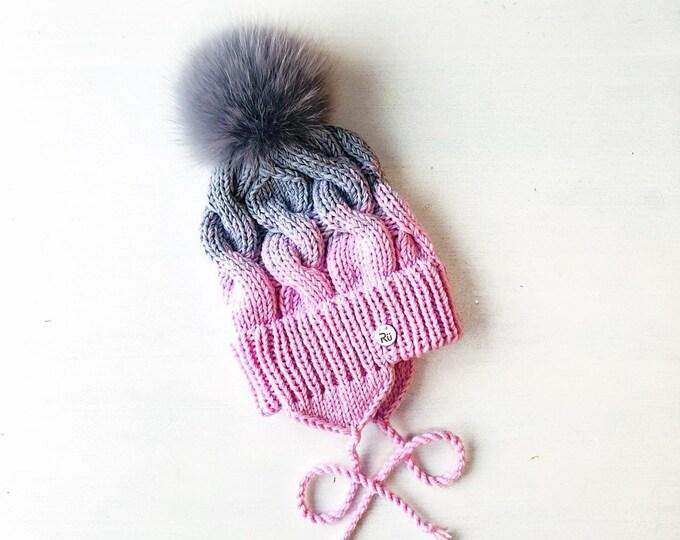 1-2 gadi (48-50cm) - supersilta merīnvilnas cepure ar kažokādas bumbuli - Gatava sūtīšanai