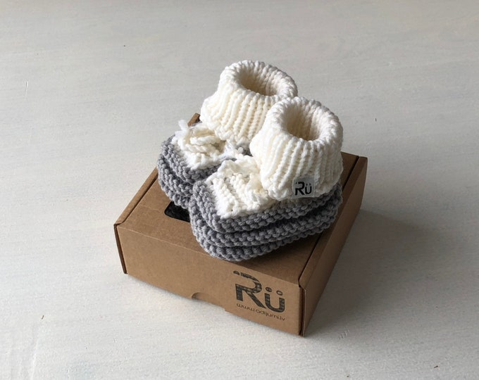 Baby Christmas gift Grey Newborn booties Baby boy boots Grandparents to be gift Pregnancy reveal Baby booties in a box Newborn photo props
