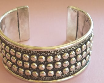 7061904a197 Silver Nickel Ribbed Wide Bracelet, Chunky & Ribbed, Ladies Wide Cuff,  Boho, Unique Design, 3 Rows of Raised Ball Beads, Hipster, Chic