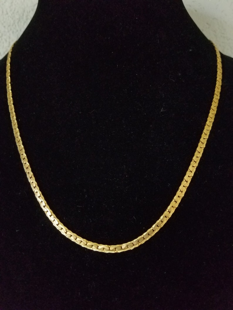 Gift For Him or Her 1980/'s Unisex Gold Tone Wide Chain Classic High Fashion 22 Long Gold Tone Chain Specialty Chain Unique Gift Cute