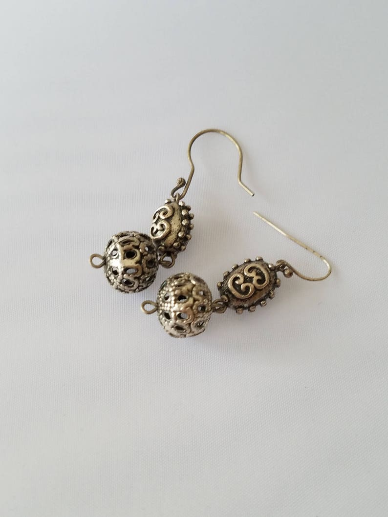 Silver Tone Puffy Beads Unique Pair of Earrings Victorian Vintage Chunky Goth Earrings Brutalist Cut Out Ball Bead Earrings