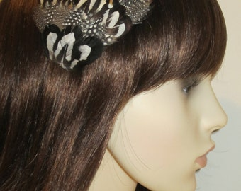 Black and White Spotted Feather Hair Clip Fascinator  Polka Dot Feathers Hair Accessory Head piece 'Kateand#039;