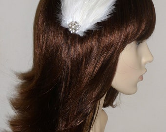 Ivory Feather and Pearl Fascinator HAIR CLIP Handmade Bridal Wedding Bridesmaids Hair Accessory
