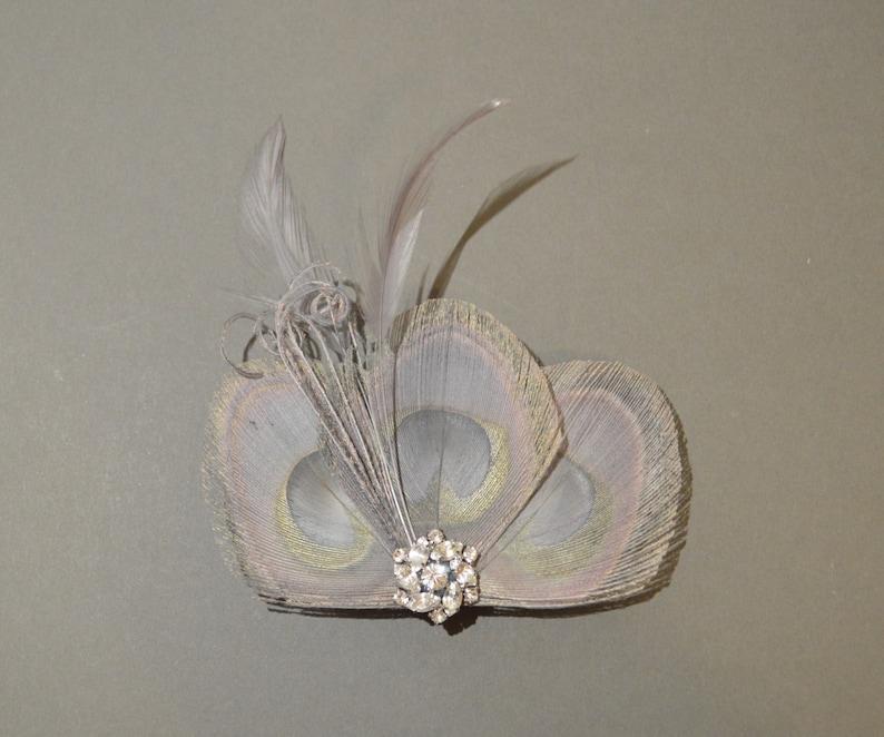 Silver Grey Peacock Feather Hair Clip Bridesmaids Hair Accessory Fascinator Wedding Feathers /'Lizbeth/'