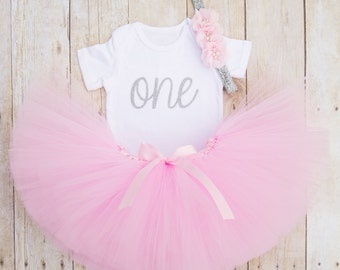 Pink and Silver Birthday Outfit...First Birthday Girl Outfit...One Year Old Birthday Outfit...Pink Tutu...Twinkle Twinkle Little Star Party