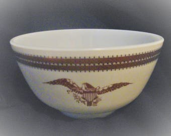 PYREX FEDERAL EAGLE 1 1/2 Quart 478-b Circa 1967-1968